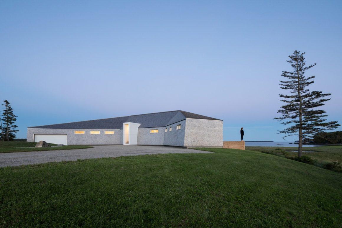 Sluice Point modern home