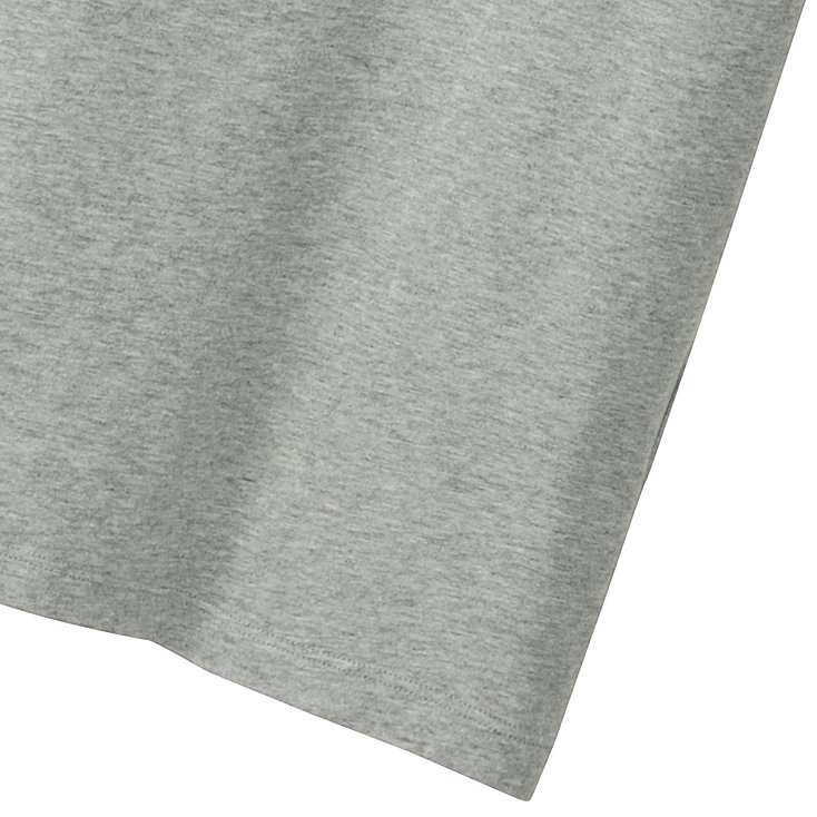 Uniqlo tee shirt