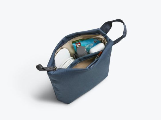 Bellroy Standing Pouch
